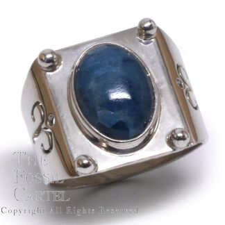 Apatite Oval Cabochon Sterling Silver Ring; Size 7 1/2