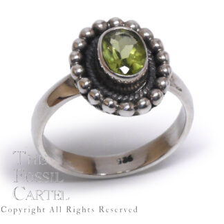 Peridot Oval Faceted Sterling Silver Ring; Size 6